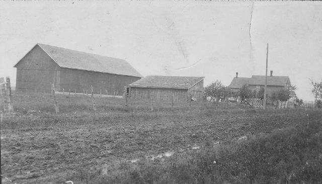 The Clarence and Evelyn De Bauche farmstead at 809 Taylor Street. Originally it was the Benjamin Tonnon house built in 1895.