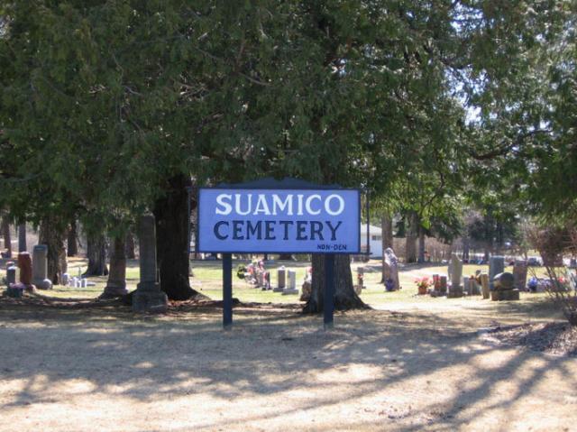 Suamico Public Cemetery in Suamico